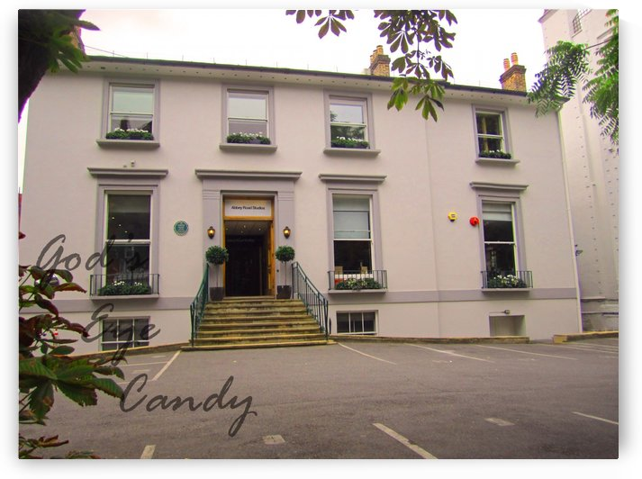 Abbey Road Studios by Kaitlyn Labute