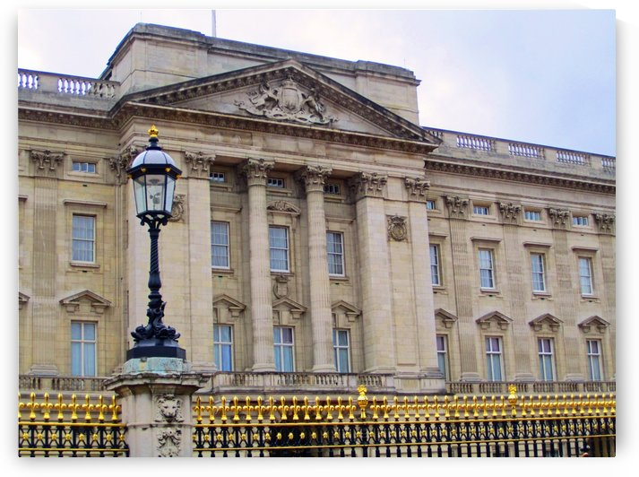 Buckingham Palace by Gods Eye Candy