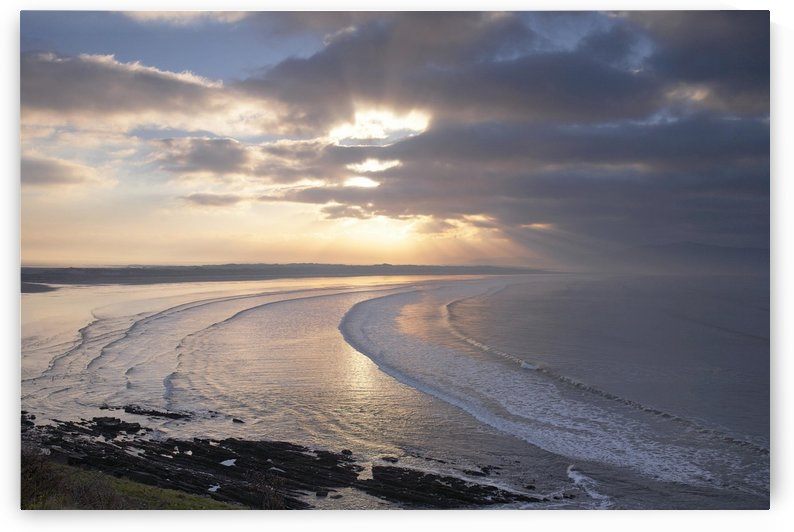 KY 201 Inch Strand by Michael Walsh