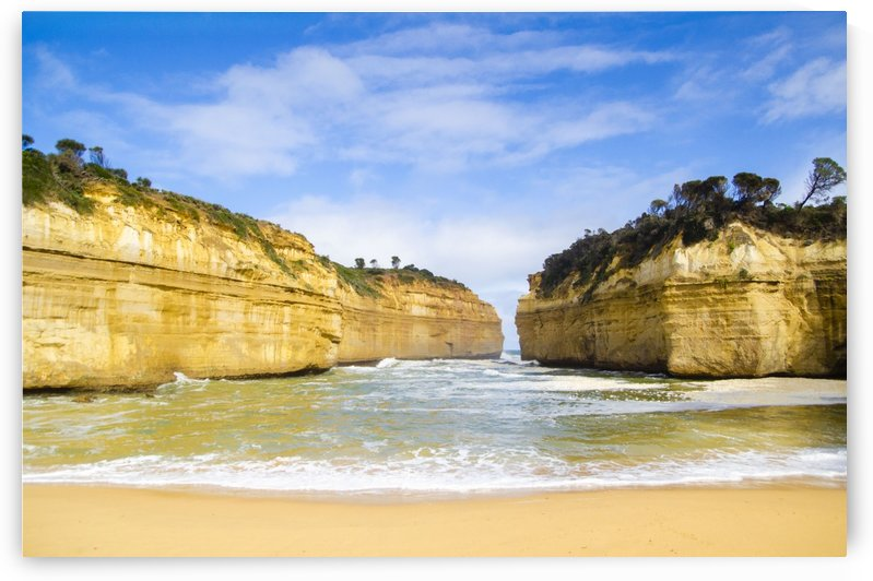 Great Ocean Road by Juvelyn Green