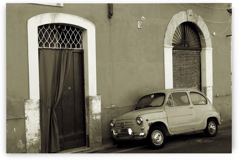 Vintage Car in Black and White by Bentivoglio