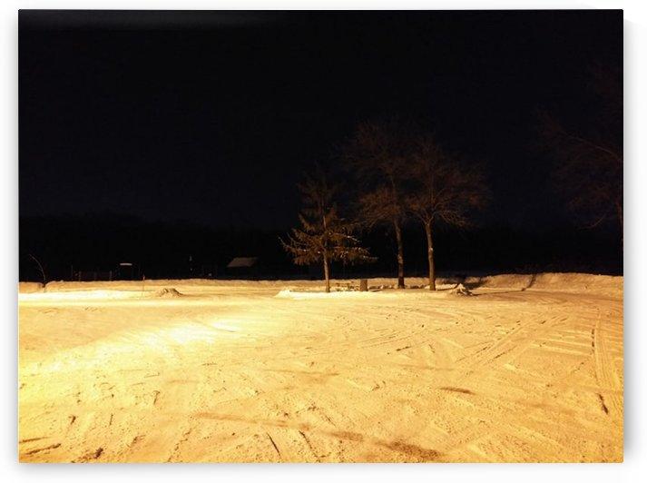 winter night by Lucie Bubyr