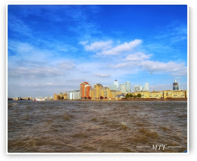 Thames water bank 3 by MTT