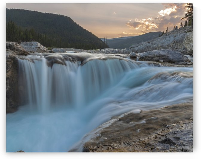 Elbow falls by Deana McNeish