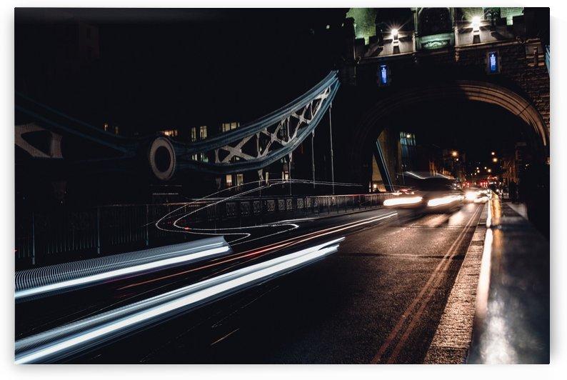 Tower Bridge by Carlos Trejos