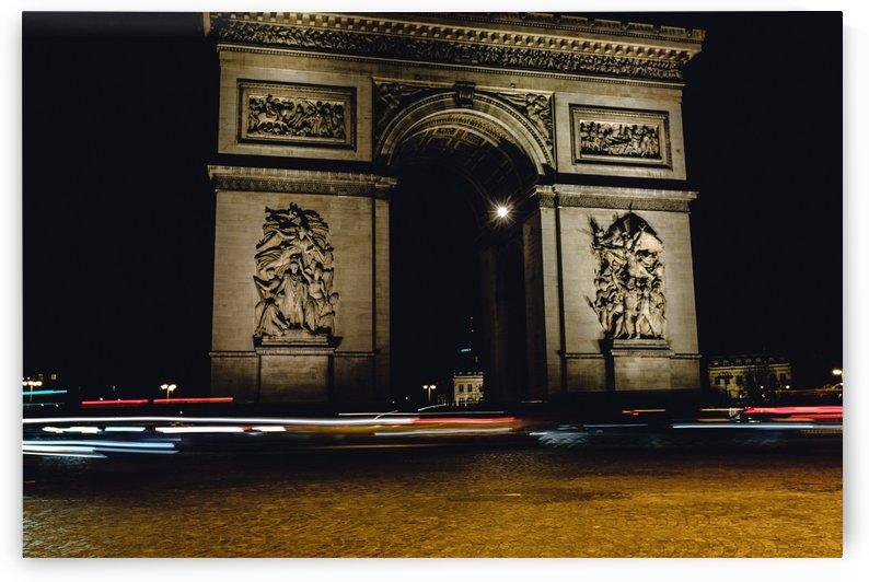 Arc Triomphe by Carlos Trejos