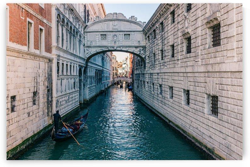 Bridge of Sighs by Filippo Manaresi