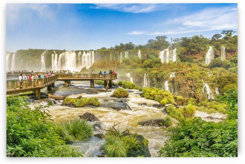 Devil throat waterfalls from brazilian border by Daniel Ferreia Leites Ciccarino