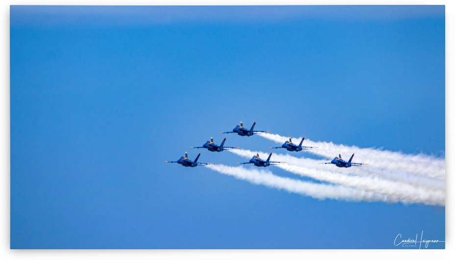 fighter jet formation by By the C Media
