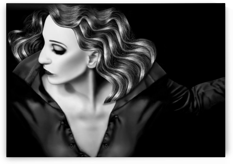 Beauty in the darkness by Jaeda DeWalt