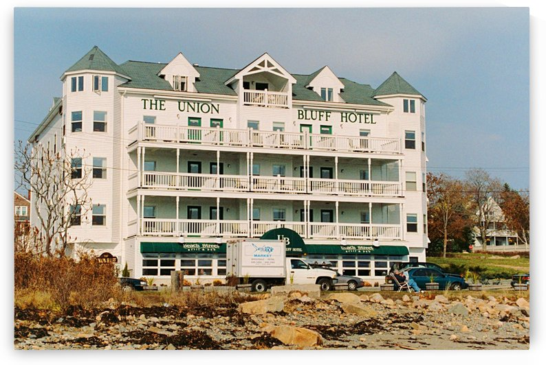 The Union Bluff Hotel - York Maine by FoxHollowArt