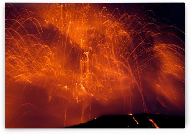 Kilaua Explodes by Eliot Scher
