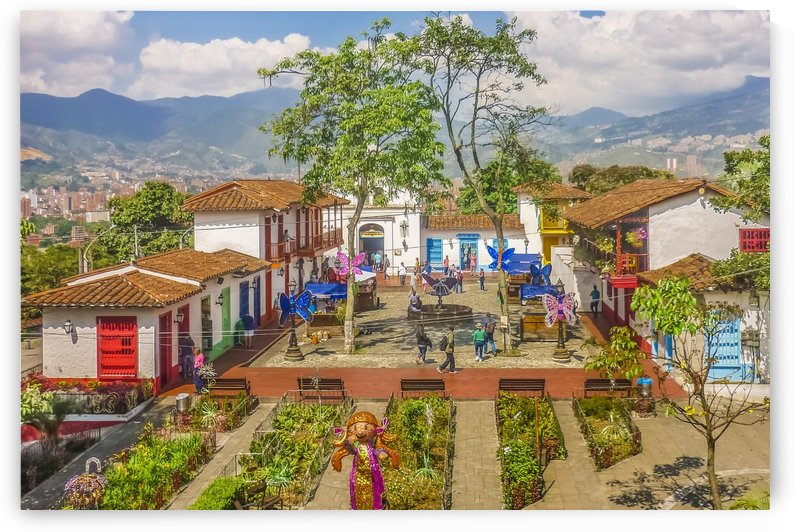 Pueblito Paisa, Medellin   Colombia by Daniel Ferreia Leites Ciccarino