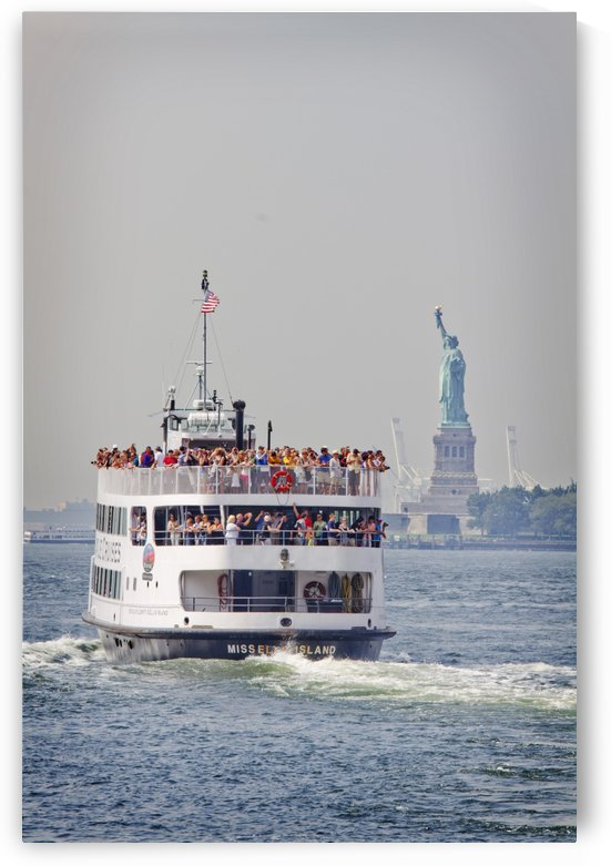 Staten island ferry with statue of liberty behind by Atelier Knox