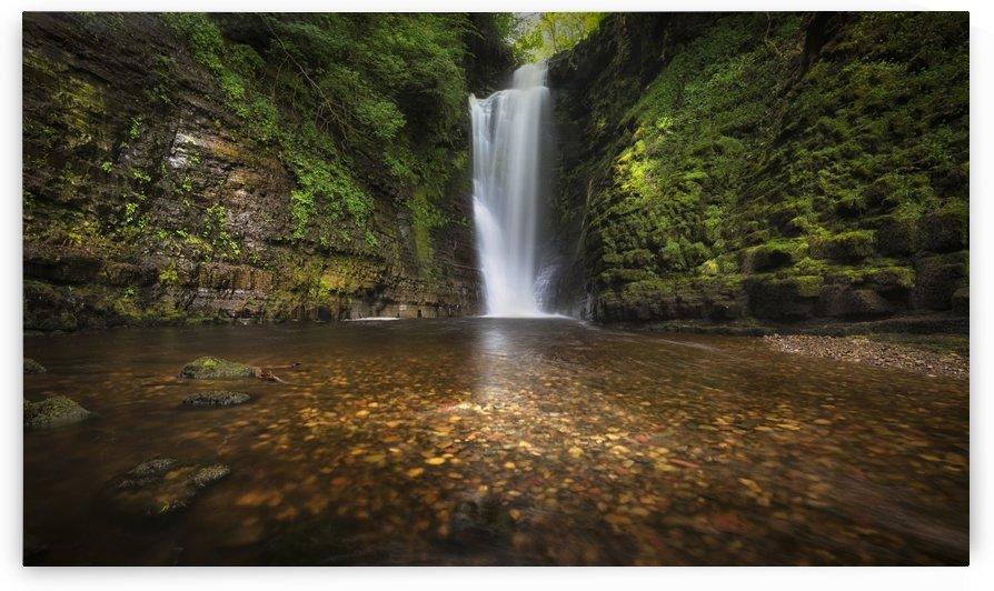 Waterfall at Sgwd Einion Gam by Leighton Collins