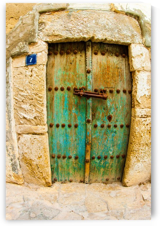 Porte rouillée by agencetourdumonde com