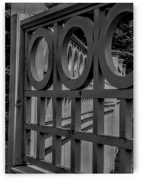 The 3 Round Up Gate. by Michelle Ramos