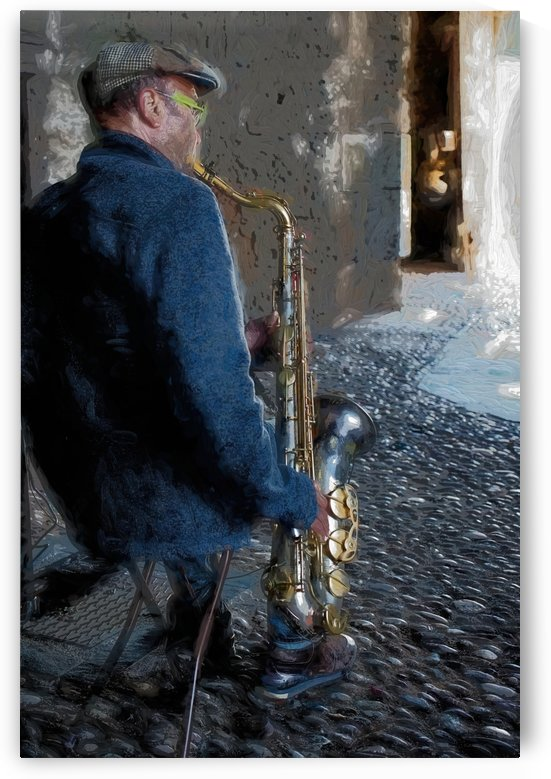 Saxophone player by girouArd