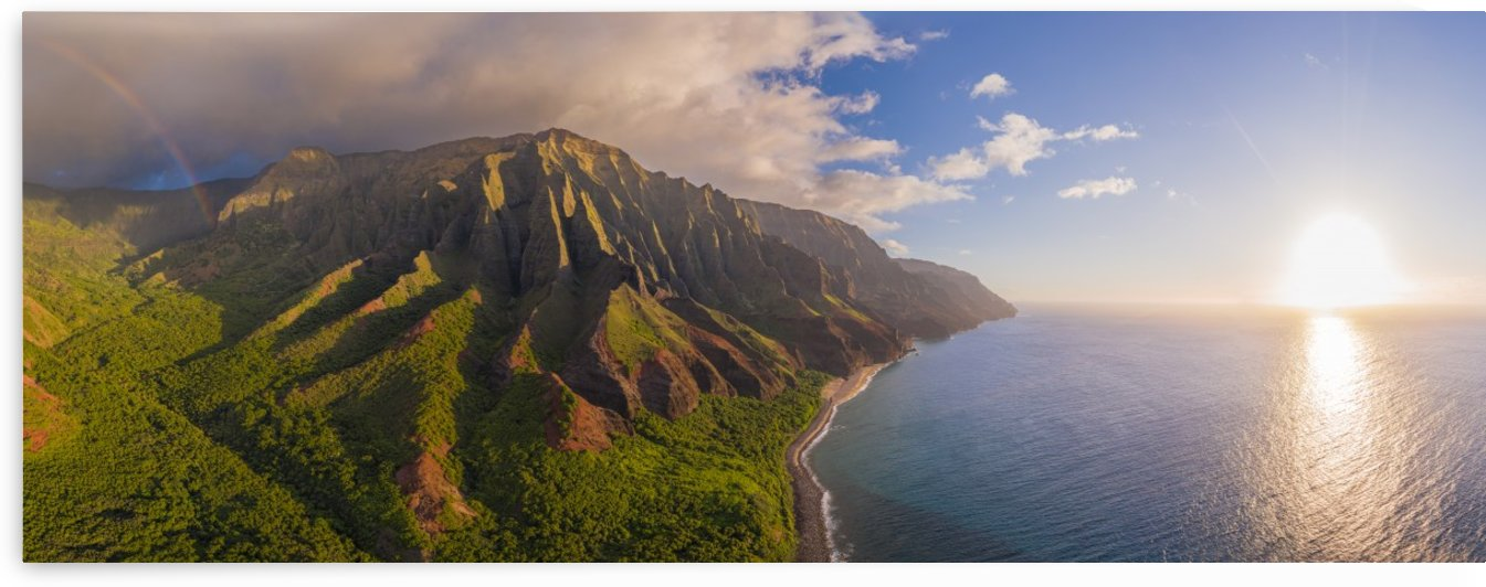 Kalalau Valley & Stream by Dave Tonnes