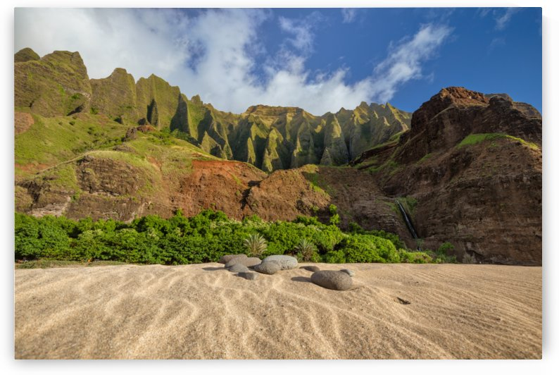 Kalalau Rocks 2 by Dave Tonnes