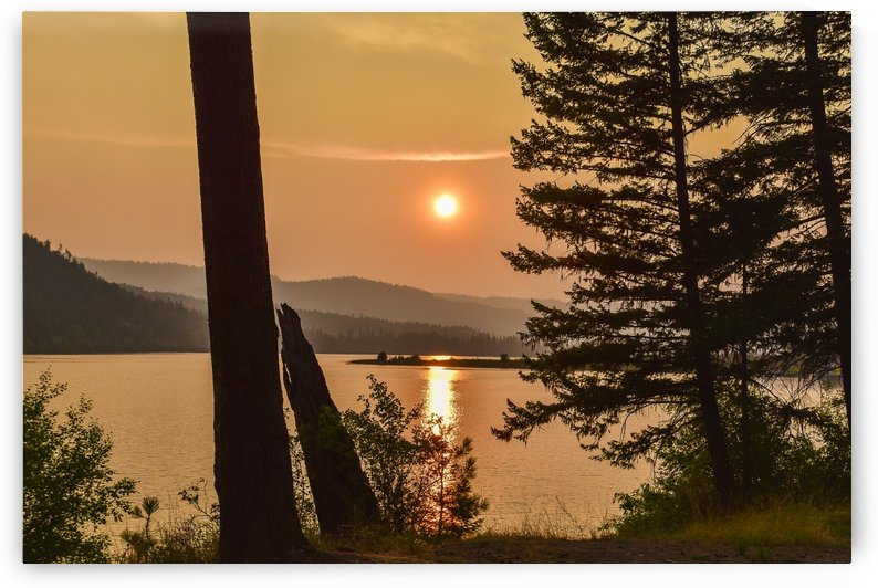 Middle Thompson Lake by Scene Again Images: Photography by Cliff Davis