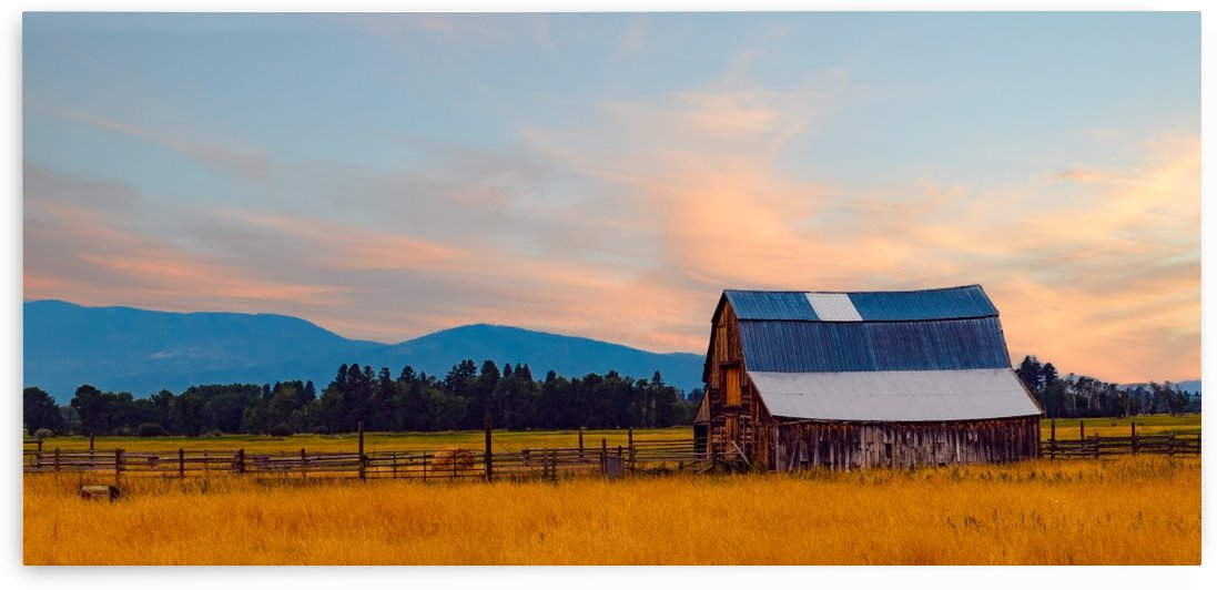 Blackfoot Valley Barn by Scene Again Images: Photography by Cliff Davis