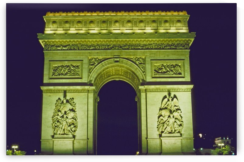 Arc de Triomphe by Michael Anthony