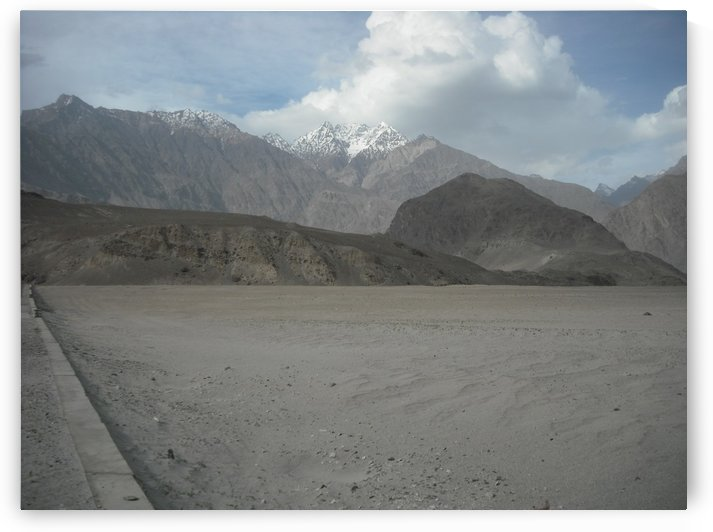 Desert in Sakardu Valley - Pakistan by Hafiz Muhammed Usman
