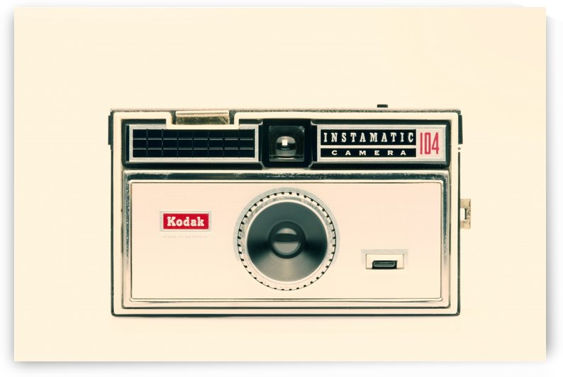 KODAK INSTAMATIC 104   by Gerald Cummins