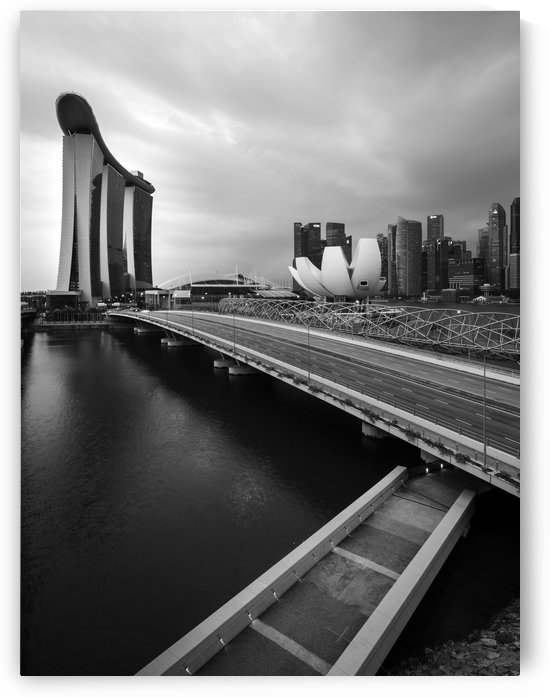 Singapores Marina Bay seen from the highway crossover by Em Campos