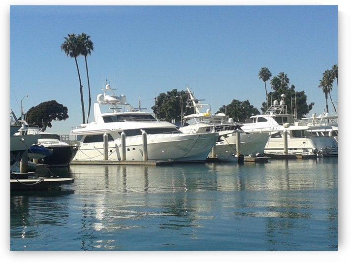 Boats beauty & blue sea  by RollaD