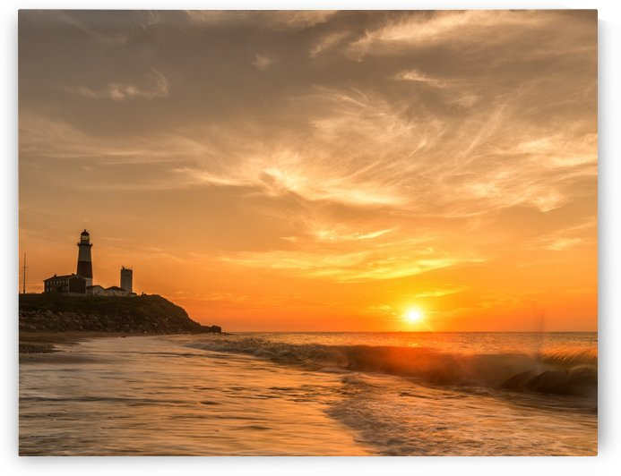 Montauk Beach by Santo Jin Photography