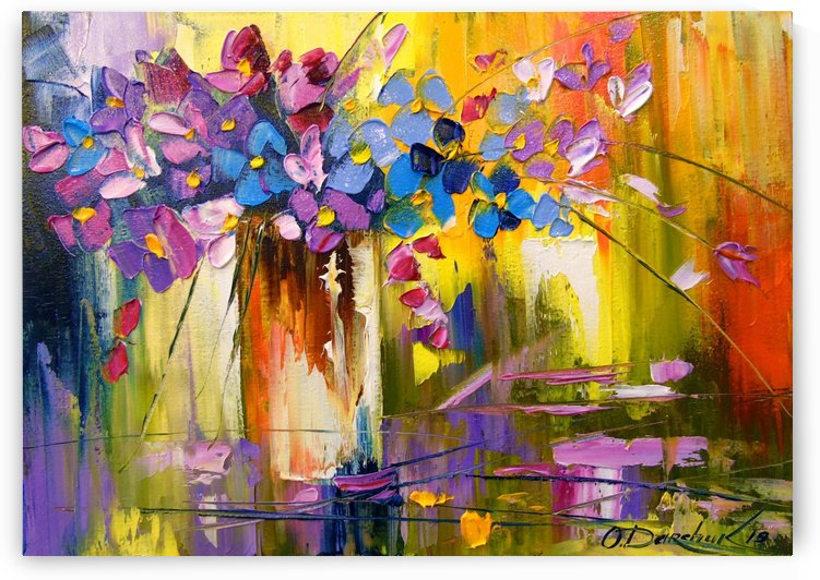 Bouquet of flowers in a vase by Olha Darchuk