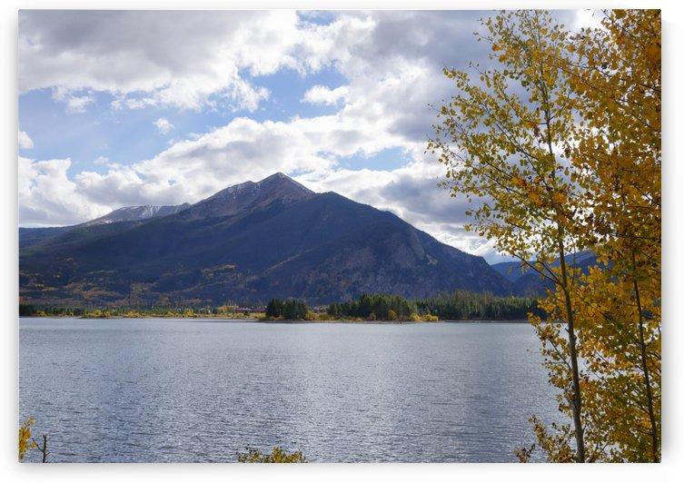 Dillon Lake in Autumn by Raksy