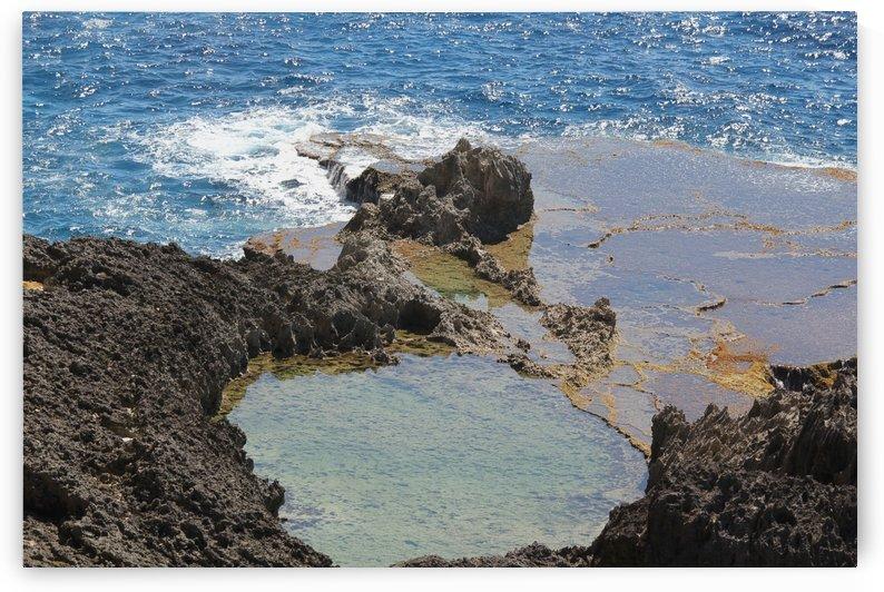 Natural Rocky Lagoon by On da Raks