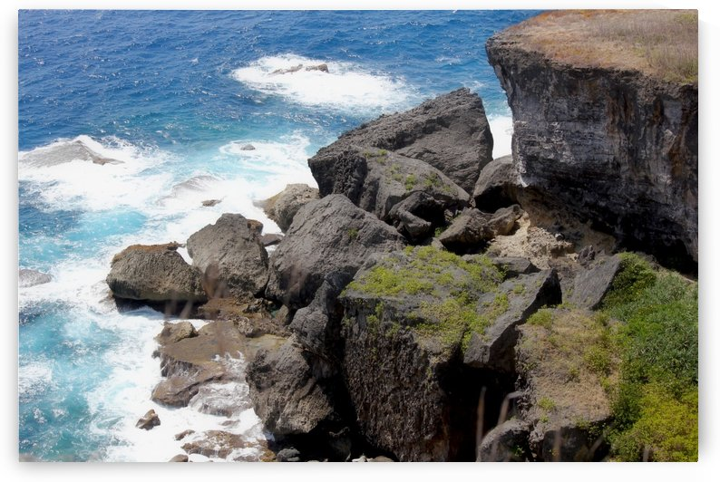 Cliffs and huge slabs of stones  by On da Raks