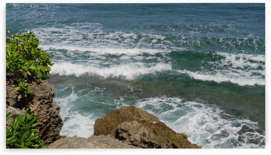 Rocks and Waves by Raksy