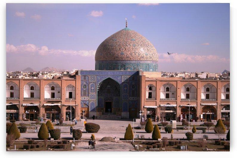 Isfahan Ali Qapu palace 1 by Locspics