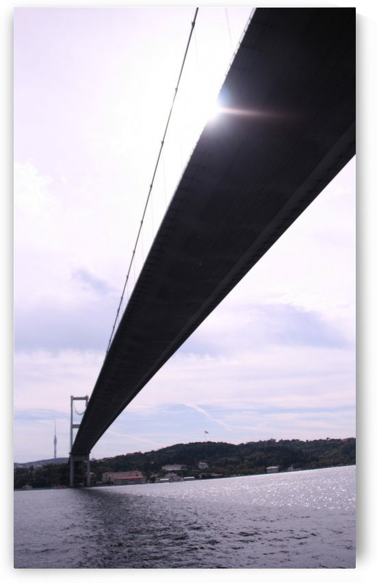 Istanbul 2nd bridge and the Sun by Locspics