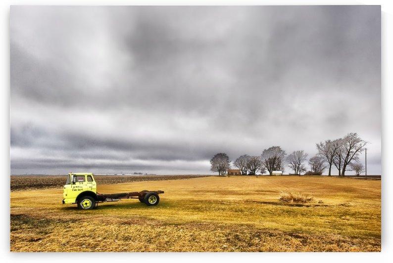 Country Jewell by Ian Van Schepen