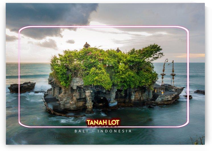 Tanah Lot, Bali Indonesia by Gunawan Rb