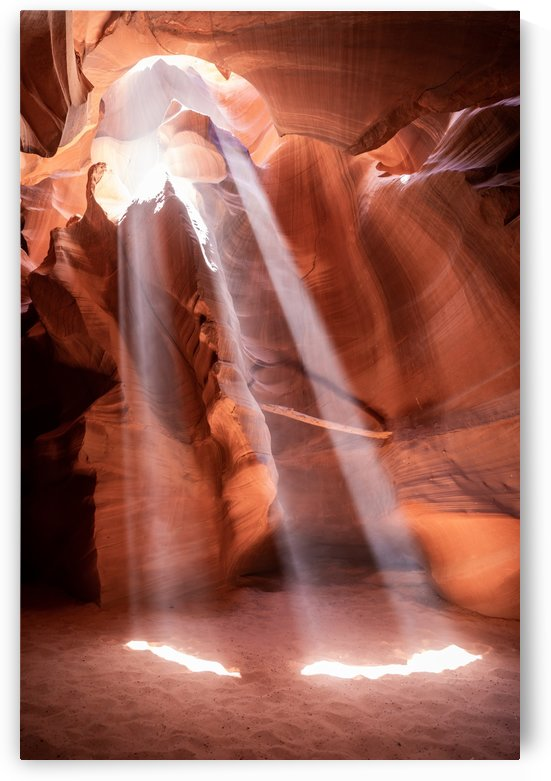 Upper Antelope Canyon by Noah Lang