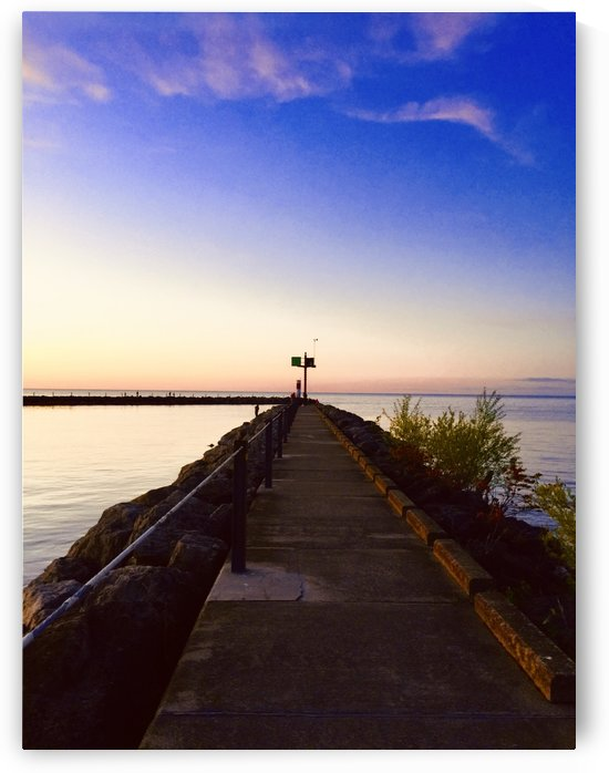 Sunset by the pier by  Jade Renteria