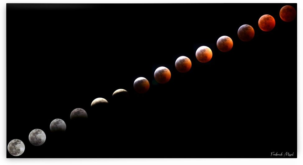 Lunar eclipse by Frederick Missel