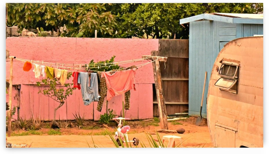 Clothesline by H.Hart Photography