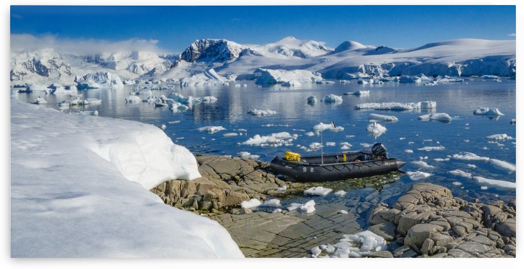 Summer in Antarctica by Eitan Daniel Raz photogRAZy Studio