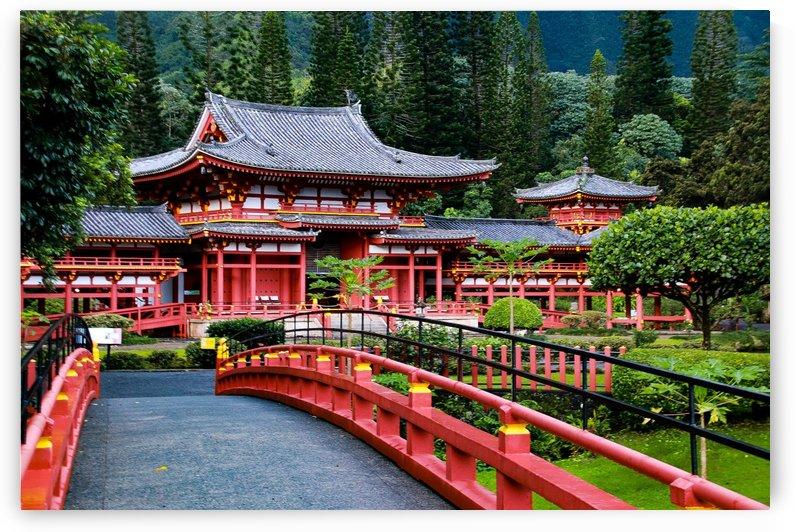 The Byodo-In Temple Hawaii by John Kwak