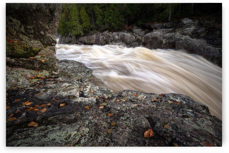 Stoney Waterfall by Dan Fleury