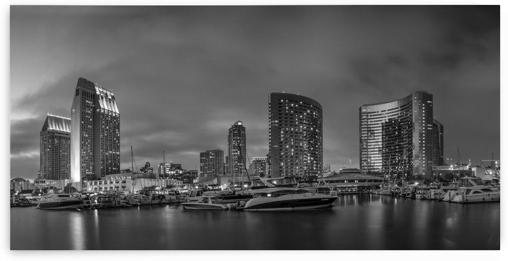 SAN DIEGO Evening Skyline | Monochrome Panorama by Melanie Viola
