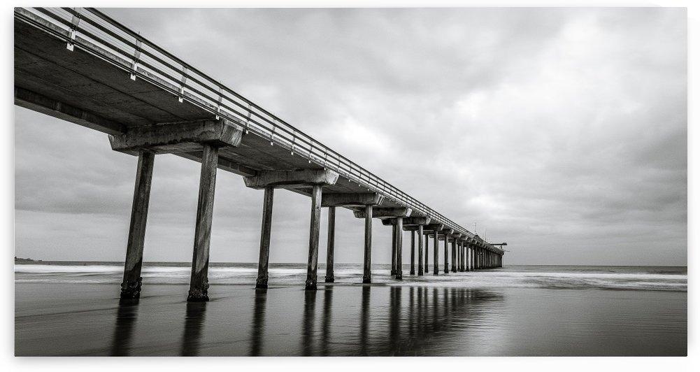 Scripps Pier in B&W - Cropped by Sebastian Dietl
